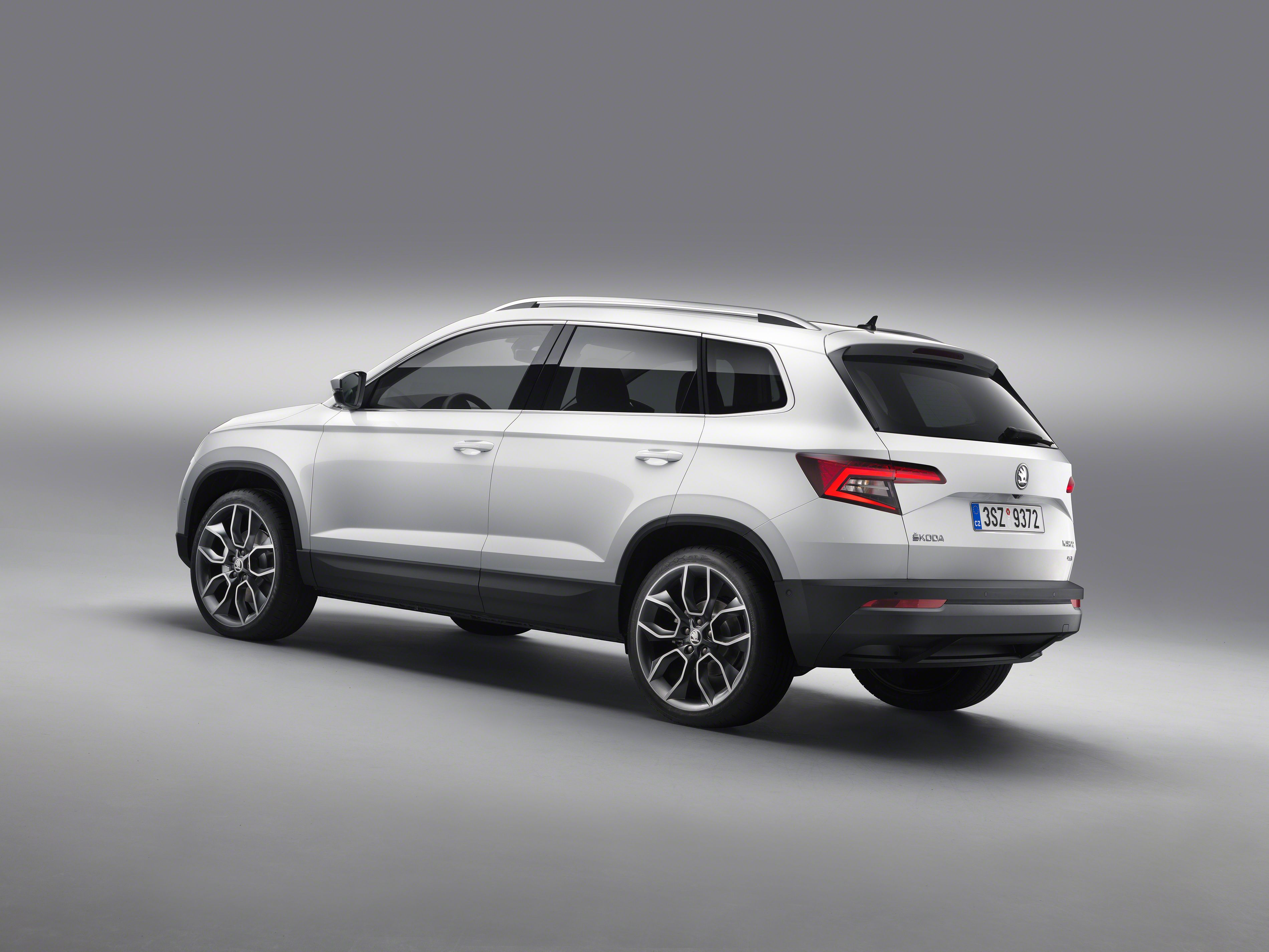 Big suv skoda kodiaq will release in early 2018 the future design known as 2018 skoda kodiaq 7 seater suv has lastly been exposed pinterest 4x4