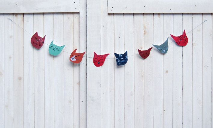 {cat faces paper banner} cute!