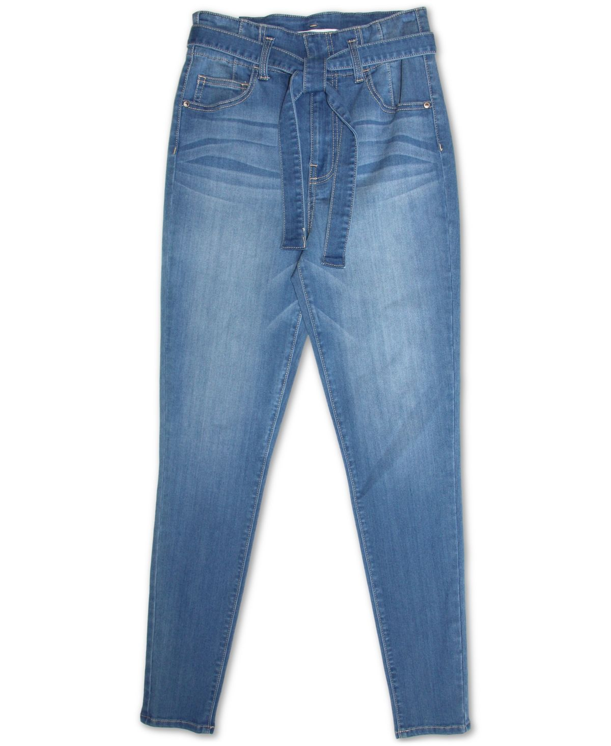 Cut in a high-waisted silhouette, these jeans from Almost Famous offers a laid back on-trend look that will have you reaching for them whether you're dressing up or down.