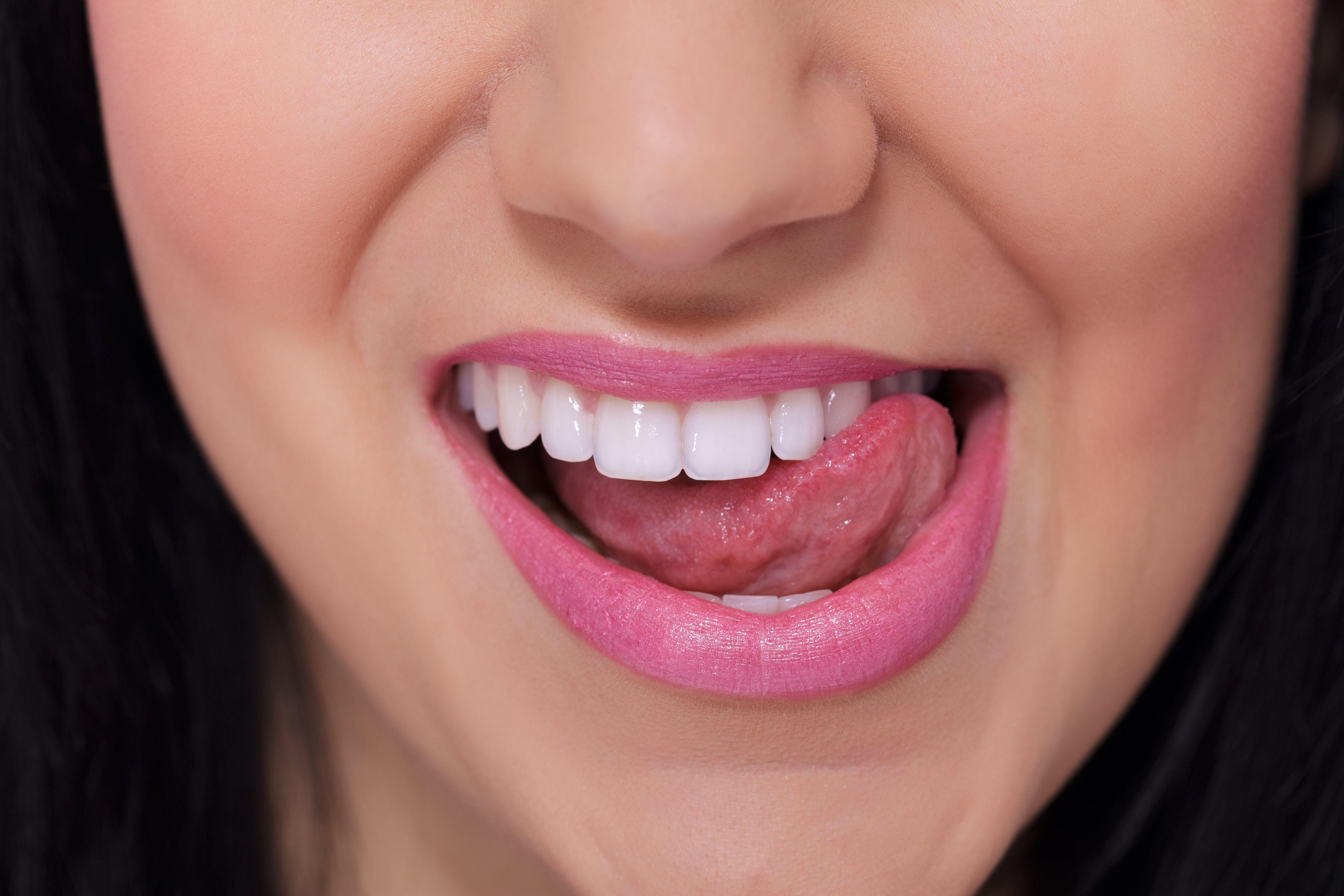 Sperm design tongue ring