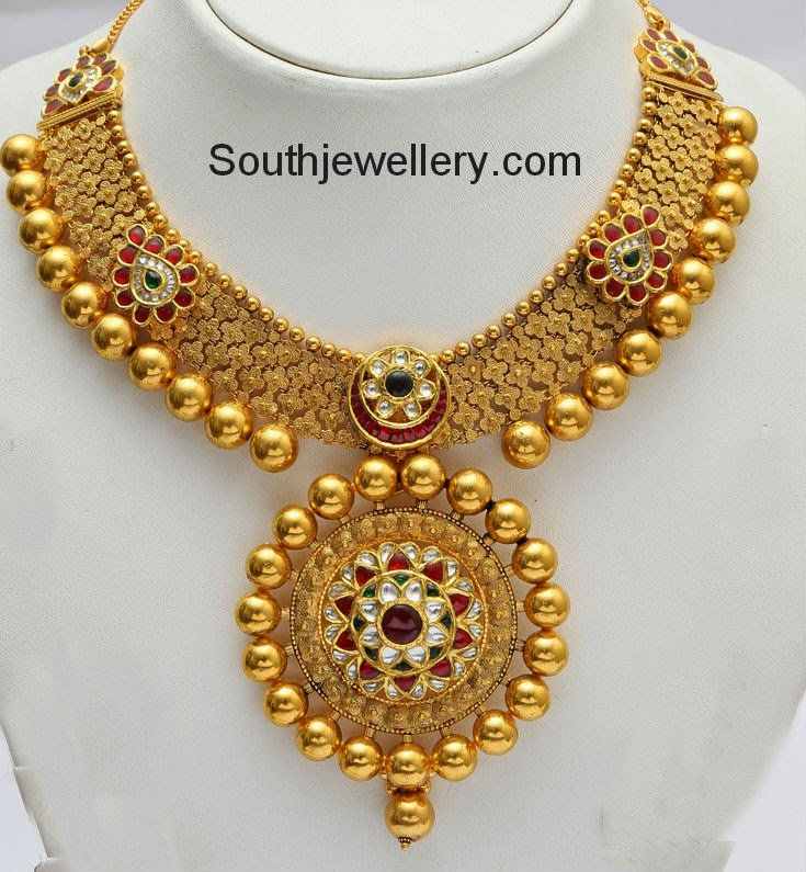 Pin by Sowmya Gowda on sowmya | Pinterest | Gold necklaces, Round ...