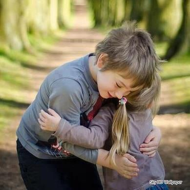 Cute Couple Hd Wallpapers Happy Hug Day Cute Baby Couple Love Couple Wallpaper