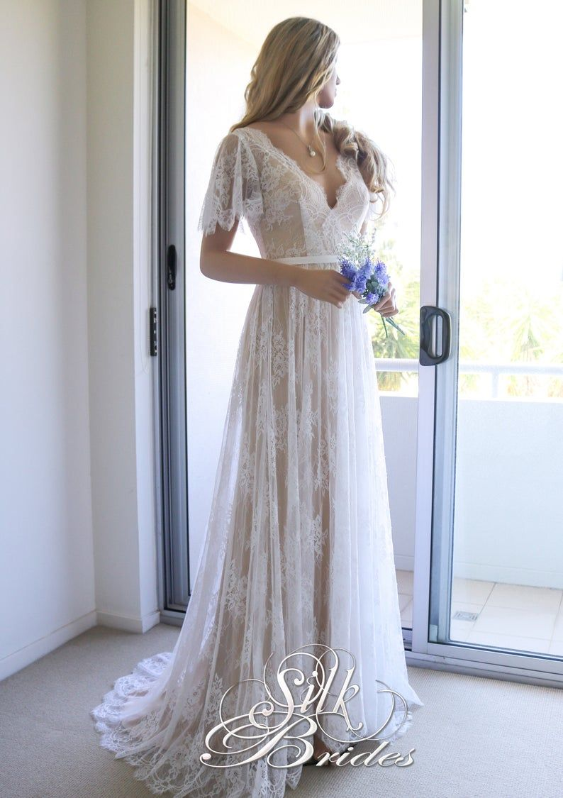 Vintage A Line White Lace Long Wedding Dresses Off The Shoulder Bridal Gowns Country 3 4 Slee Wedding Dresses Lace Applique Wedding Dress Tulle Wedding Dress [ 1600 x 800 Pixel ]