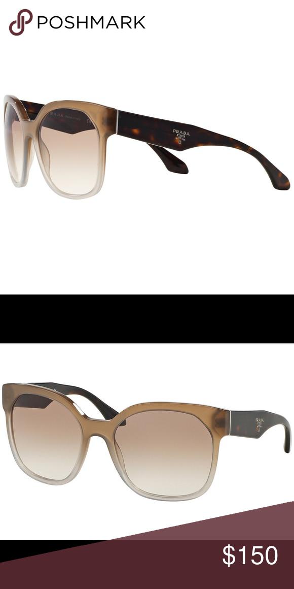 4a0b07cbec7c PRADA SPR10R Sunglasses with Case NO DAMAGE OR SCRATCHES •comes with original  case Prada Accessories Sunglasses