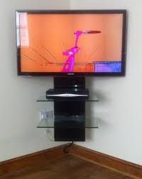 Image Result For Wall Mounted Corner Tv Curved Decoracion De Dormitorio Para Hombres Decoracion De Muebles Decoracion De Habitaciones