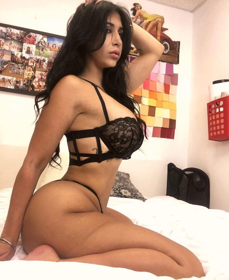 Ali milan nude