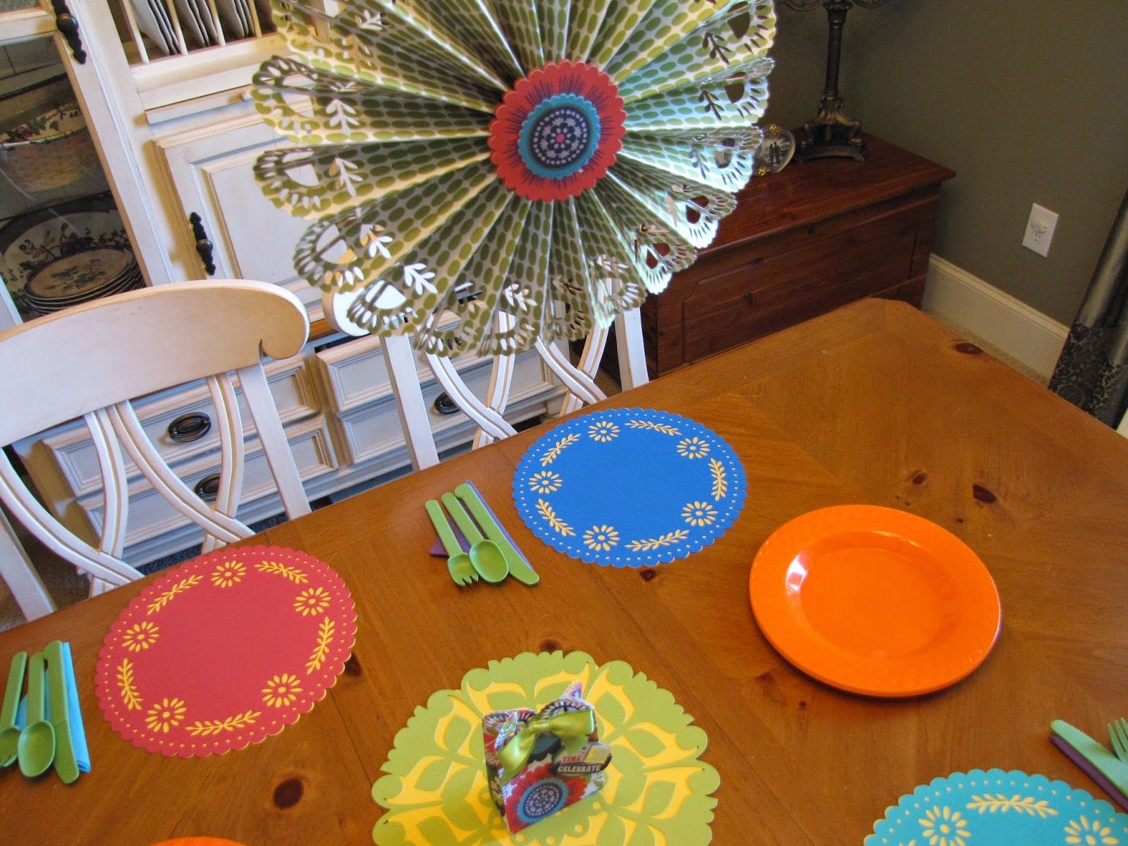 I came, I saw, I created.: DID-I-MENSION II ~ Circleville National Scrapbooking Day II - Cinco De Mayo party decor #CirclevilleNSD