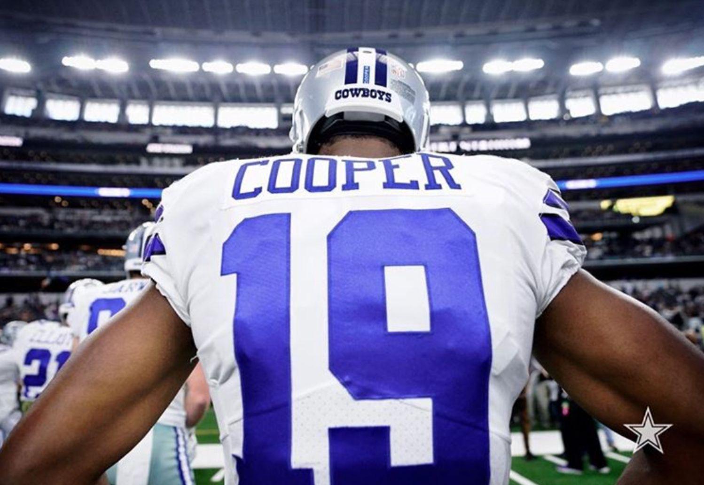 Amari Cooper (WR) Dallas Cowboys Football ec19f0483