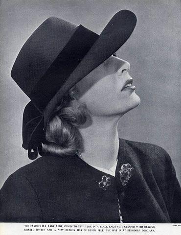 Chanel (Jewels) 1936 Hat Caroline Reboux  326f8d93095
