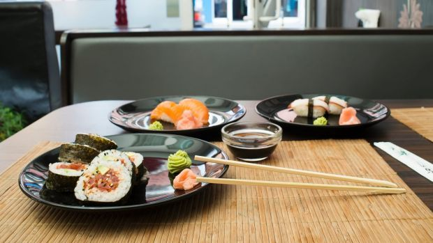 Sushi In Sushi Bar Table And Ration Sushi Satjun17cover