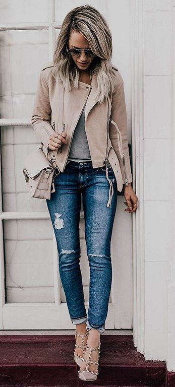 200+ Winter Work Outfit Style For Women You Must Have Right Now Check more at http://lucky-bella.com/200-winter-work-outfit-style-women-must-right-now/
