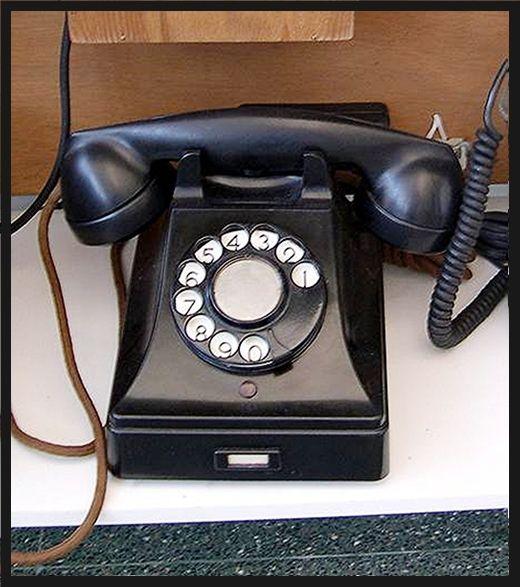 Teléfono de los años 60's