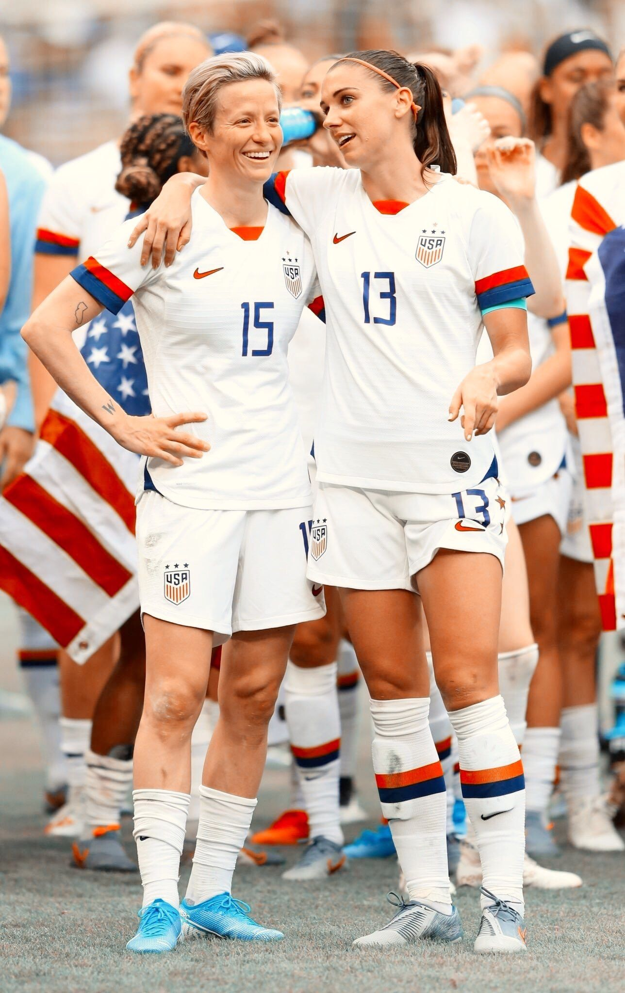Pin By Lydia Frey On Things I Love Usa Soccer Women Women S Soccer Team Us Women S National Soccer Team