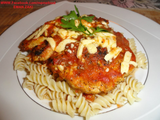 Chicken with tomato sauce
