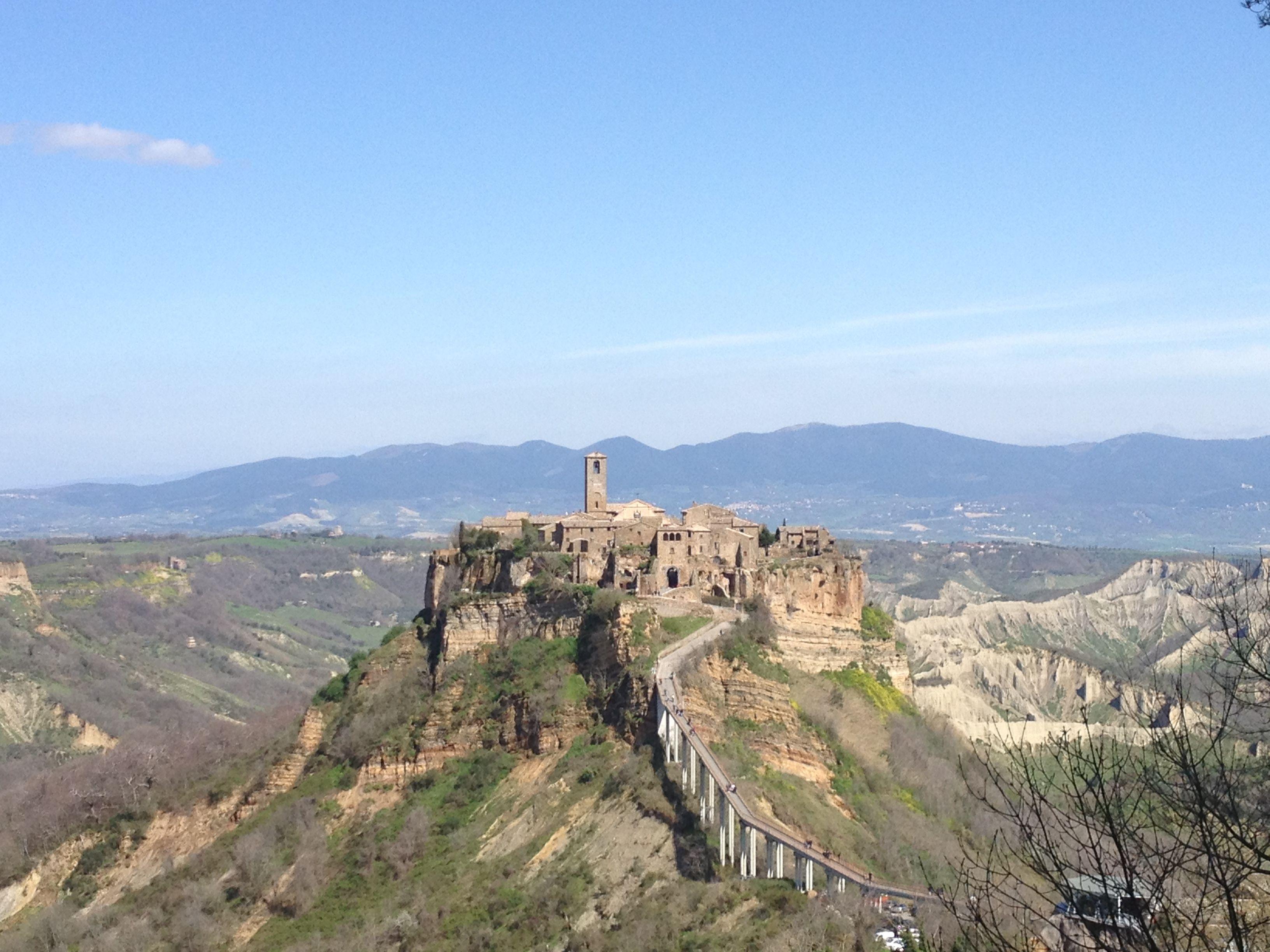 Day Trip To The Stunning Town Of Civita Di Bagnoregio Day Trips