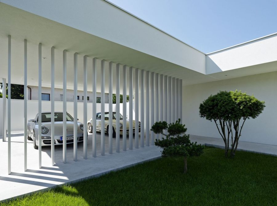 Californian coastal style and iconic d cor define austrian for Contemporary carport design architecture