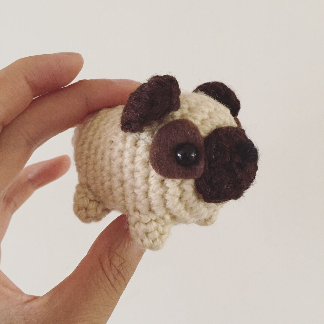Crochet your own loaf pug with this free amigurumi pattern. #Pug ...