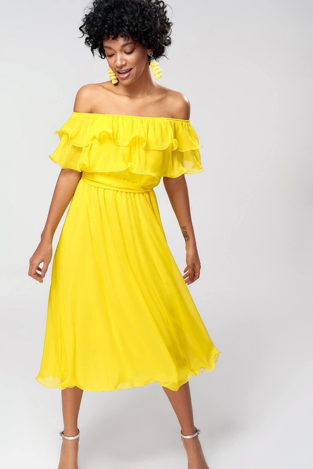 2020 yazlik sari elbise modelleri midi straplez dusuk kol yakasi firfir detayli kiyafet kombinleri elbise modelleri sari elbise the dress
