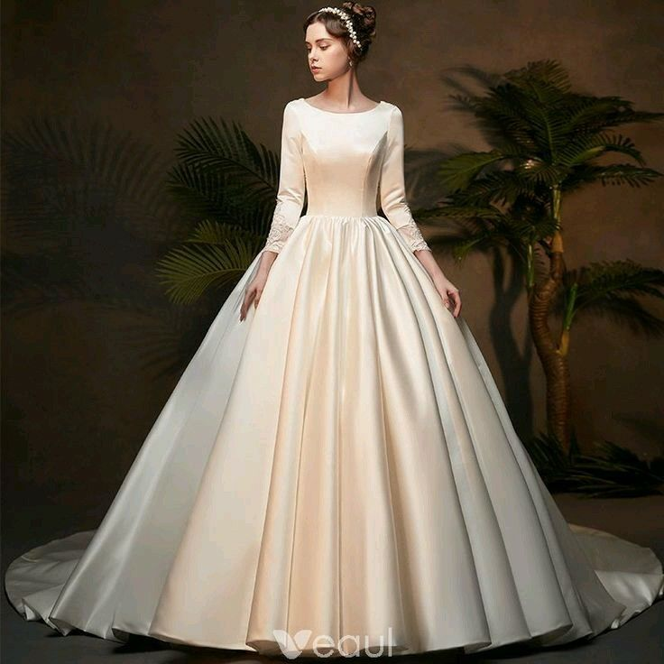 f5802f2bd0c0 Vintage / Retro Ivory Satin Winter Wedding Dresses 2019 Princess Scoop Neck  Long Sleeve Chapel Train