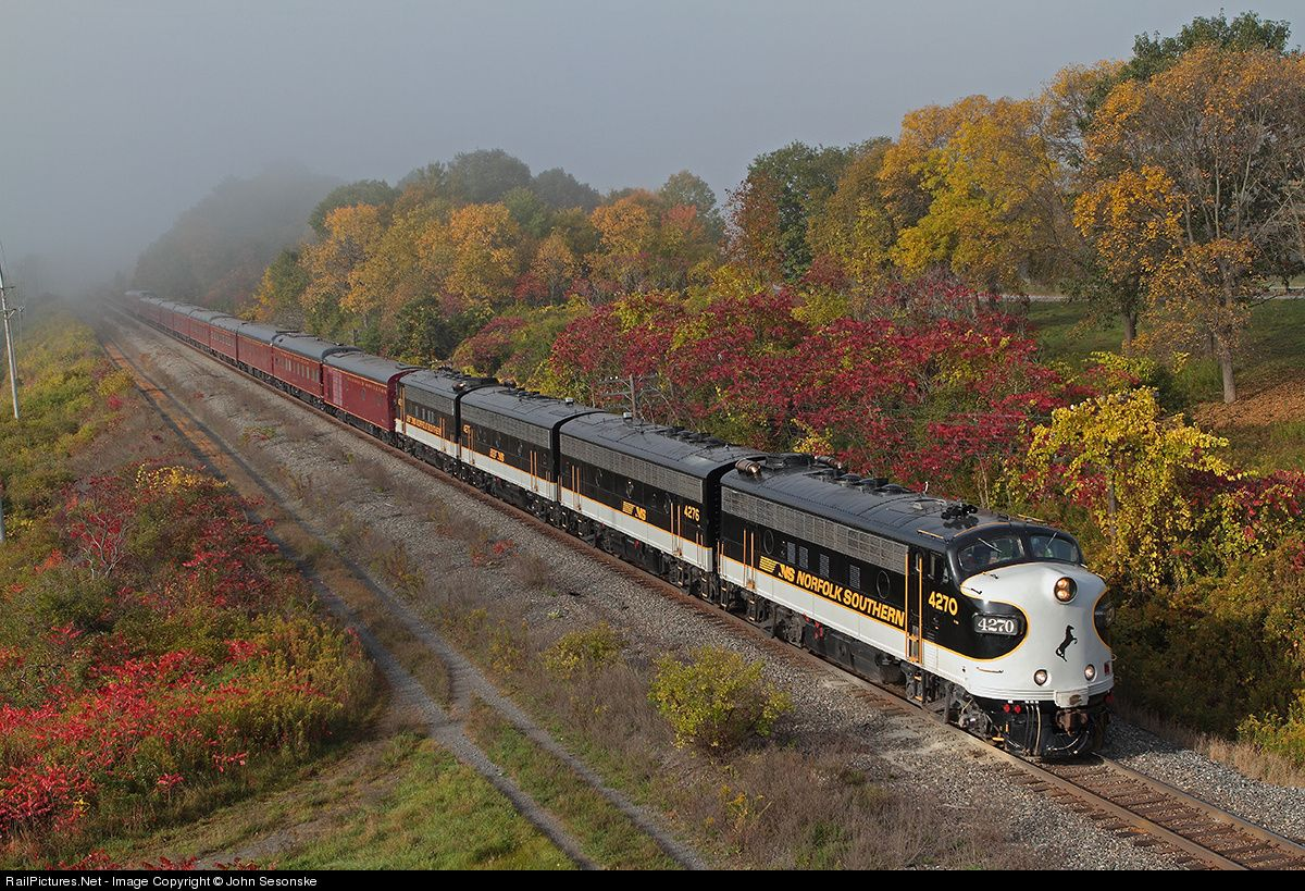 Norfolk Southern Business Train F Units Monticello IL ...