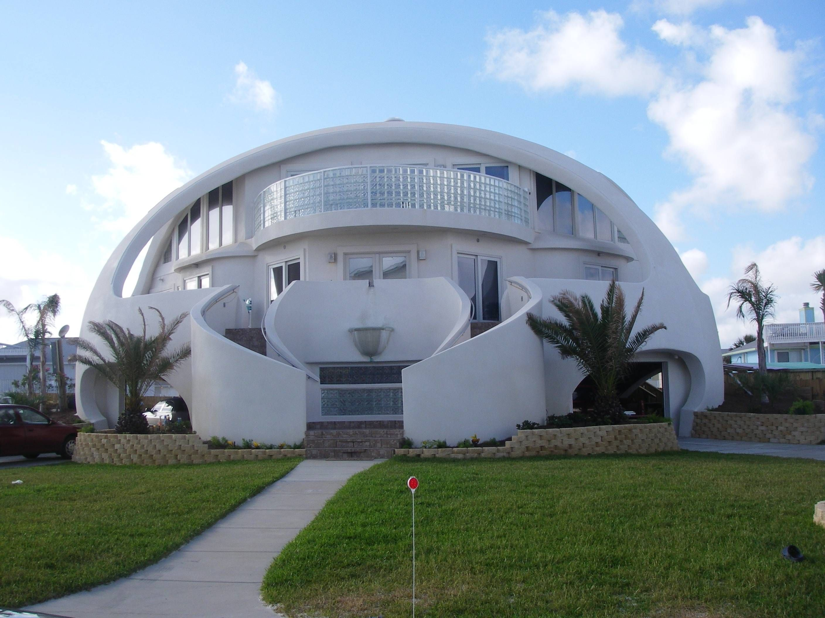 Hurricane Proof Home In Florida Online Architecture Unusual Homes Dome Home