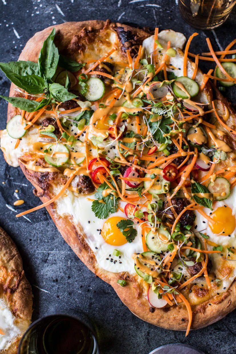 La única manera de mejorar un sándwich es convertirlo en pizza. La receta, aquí.