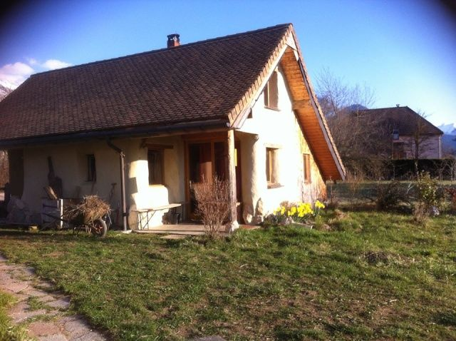 Terre Paille Chaux, une maison de vacances au naturel, 38710 Mens - maison bois et paille