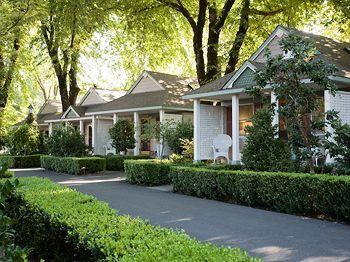 Book Cottage Grove Inn Calistoga California Hotels