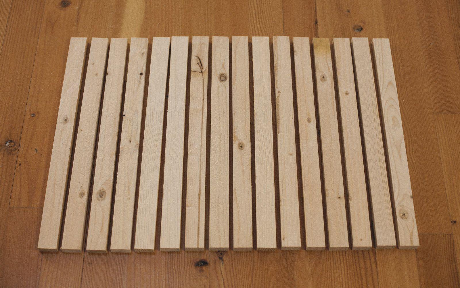 How To Make A Diy Wood Stake Door Mat Wood Stake Wood Door Mat