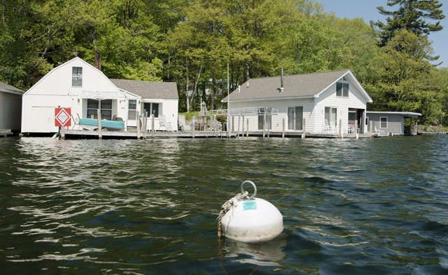 Lake Sunapee L 799 900 3 Buildings 2 Waterfront 1 Boathouse 7 Slips Incredible Investment Pot Family Compound Near Sale House House Boat Renting A House