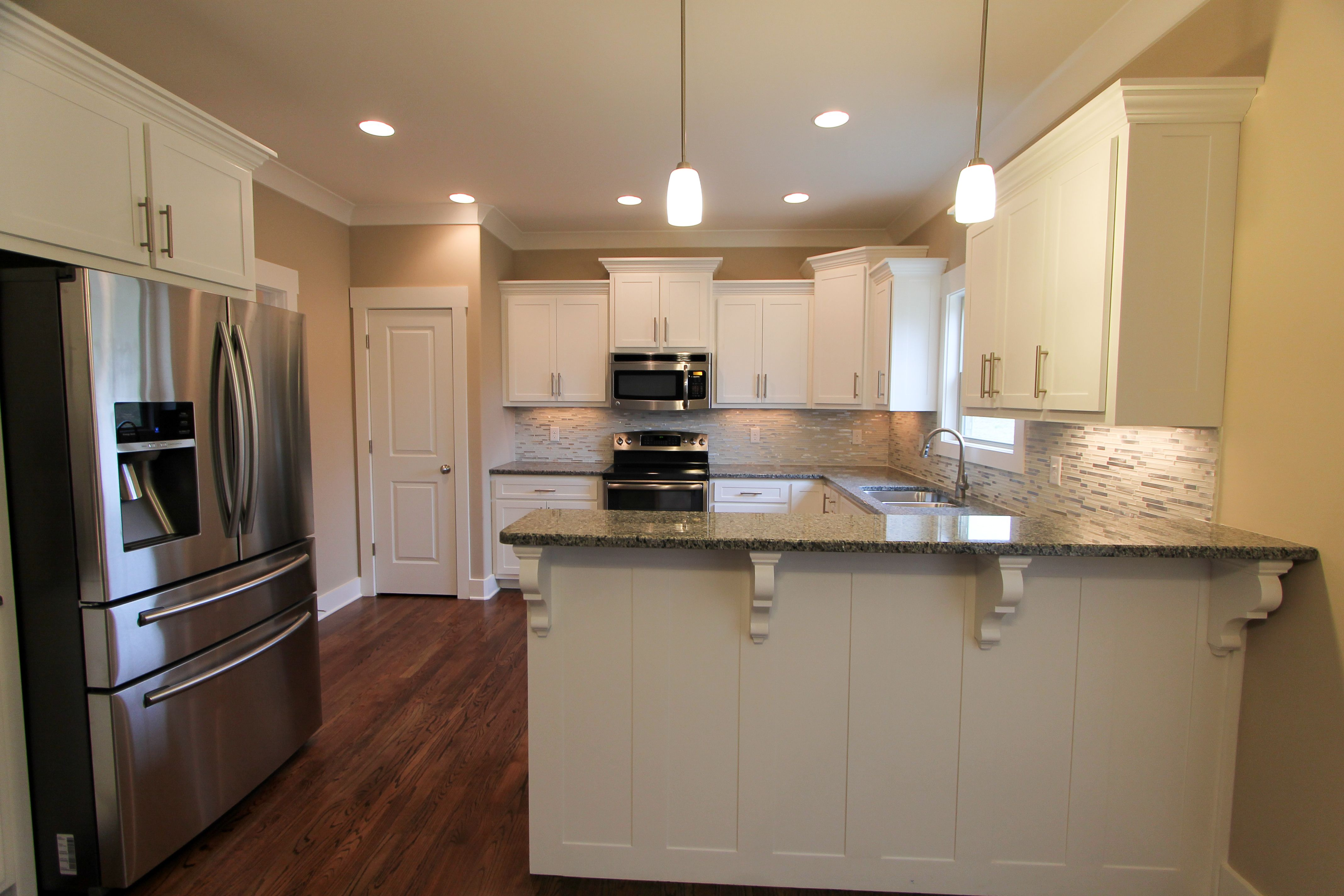 Welcome To G T Issa Construction Custom Home Builders White Shaker Cabinets Home Builders