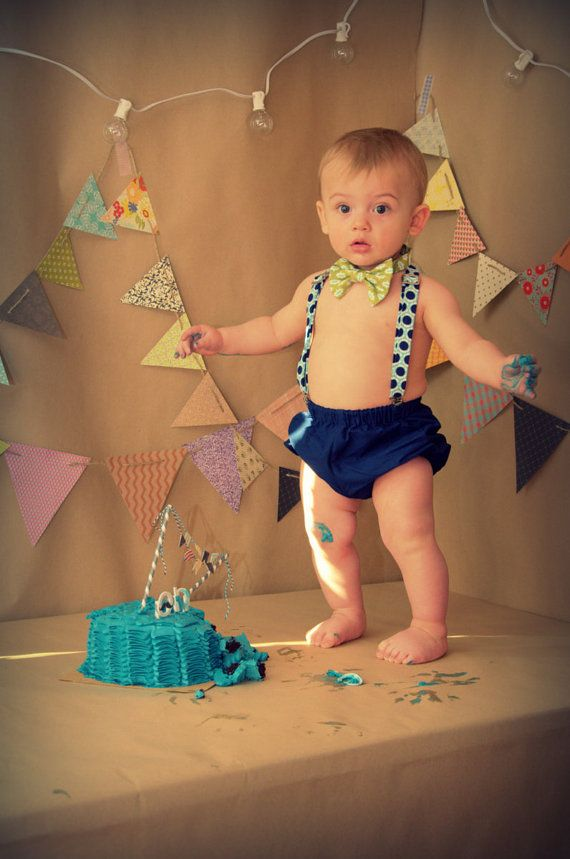 boy cake smash outfit Cake smash boy seersucker with navy and lime  green diaper cover tie and party hat