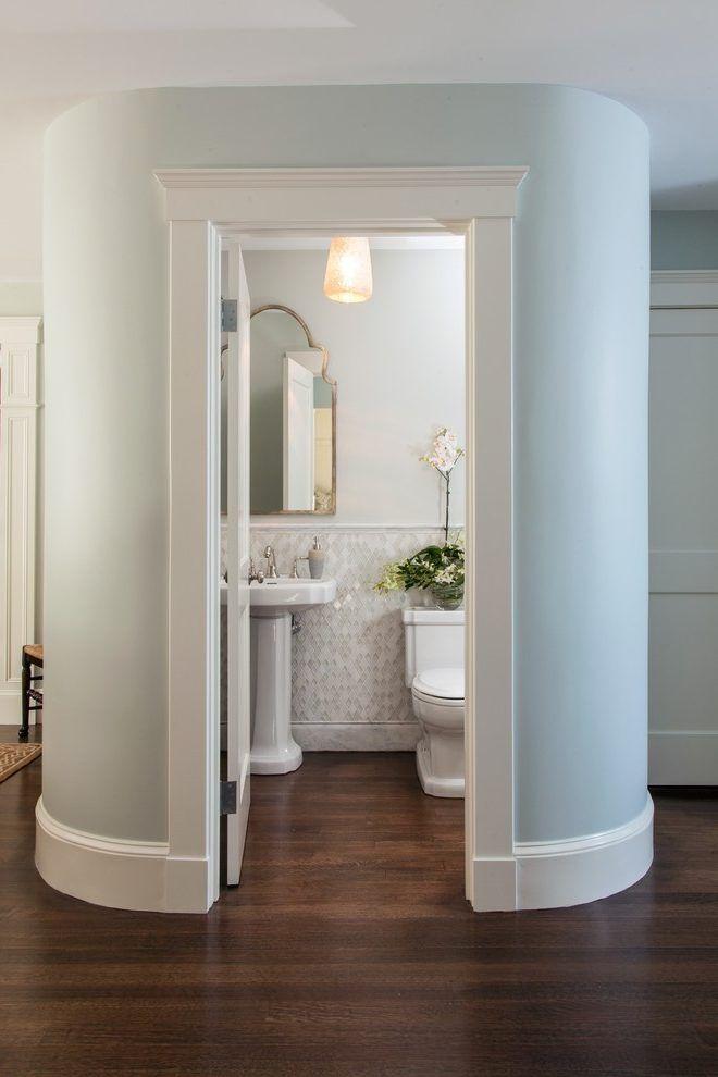 Powder room wall decor traditional with pedestal sink small bathroom also rh pinterest