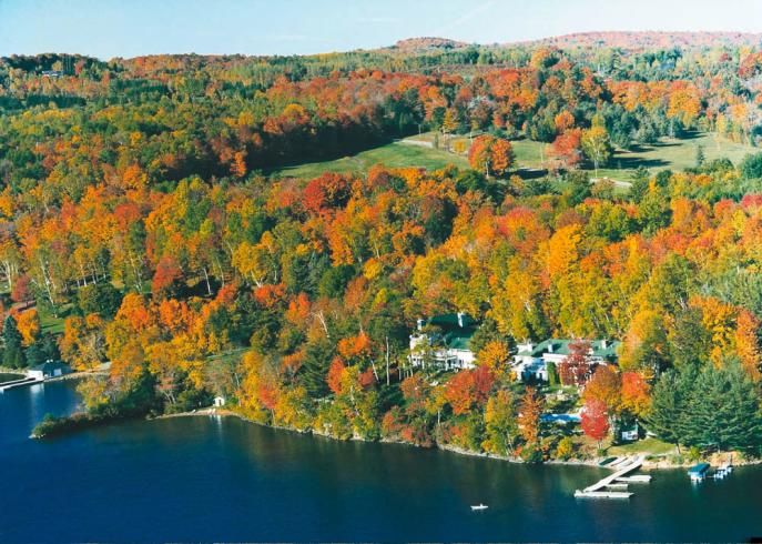 (Photo)   Lakeside hotel, Beautiful places to visit ...