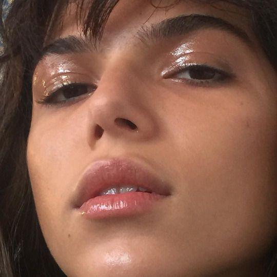 27 Tumblr Glossy Makeup Glossy Eyes Editorial Makeup