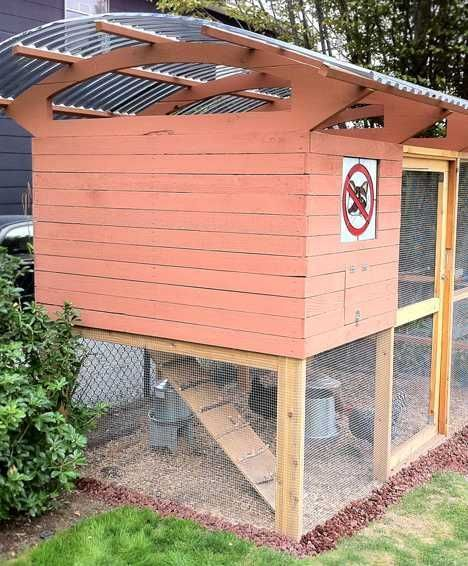 Backyard Barnyard: 9 Nifty Urban en Coops | WebEcoist ... on backyard bbq, backyard farming, backyard party, backyard bash, backyard fire, backyard beehive, backyard bounce,