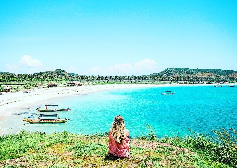 beach hair & salty air #villaataspelangi . . . #beachlife #blue #landscape #photography #boats   beach hair & salty air #villaataspelangi . . . #beachlife #blue #landscape #photography #boats #villa #lombok #seaviews #surfing #travel #explore #love #luxuryvilla #paradise #wanderlust #lombokisland #oceanviews #poolside #infinitypool #beach #tropical #explorelombok #surf #ocean #paradise #sea #areguling #villarental #beautiful