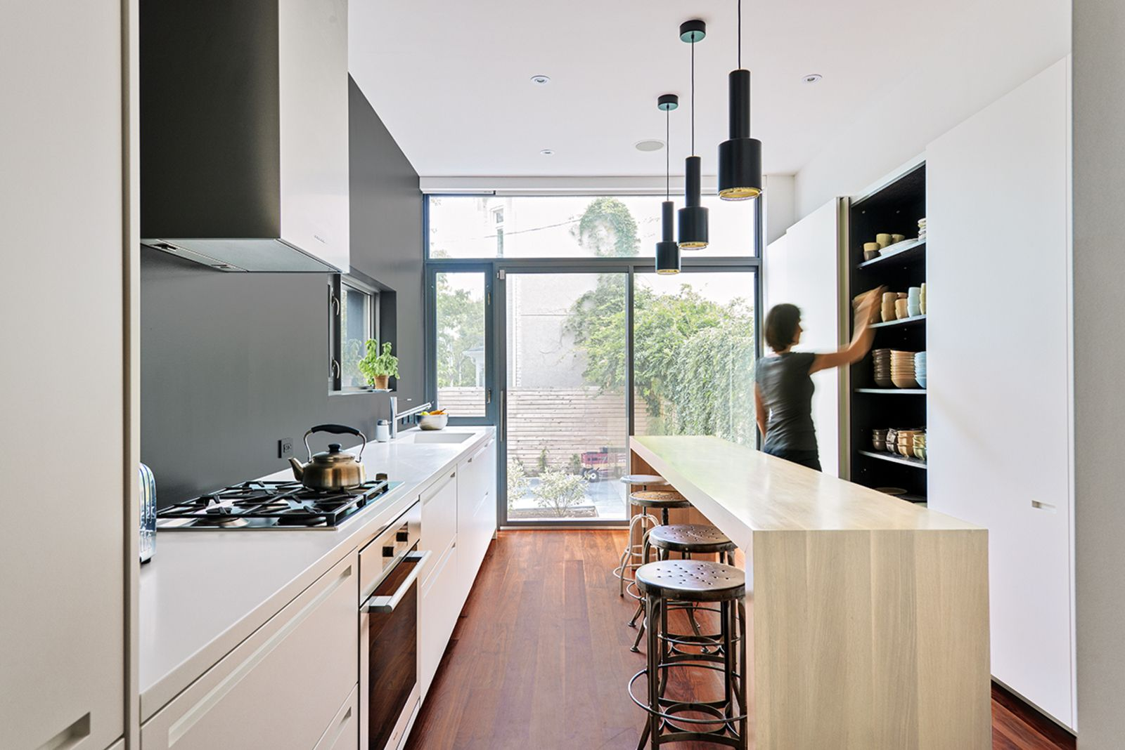 GroBartig Modern Kitchens By Allie Weiss From Contrast House