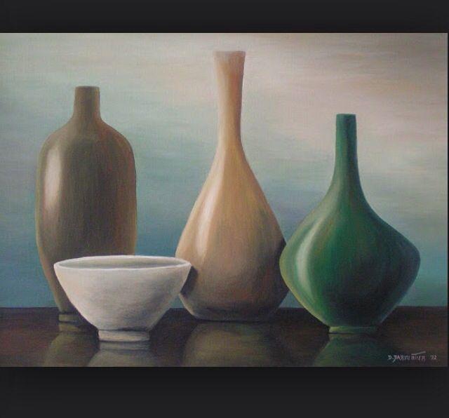 Ik heb deze vazen gekozen omdat ik het mooie vazen vind en ze terug komen in het schilderij.