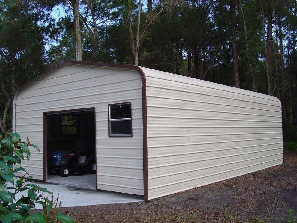 Pics and ideas of metal buildings with living quarters.