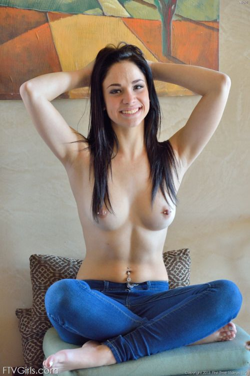 utah-girls-topless-girl