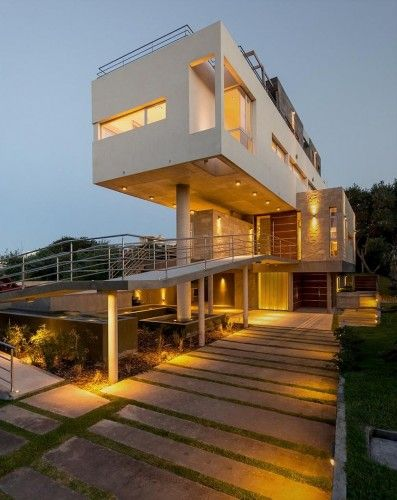 4 Storey House Design: 4-storey Sloping Site House Architecture