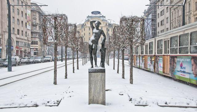 invierno en Budapest - Google Search