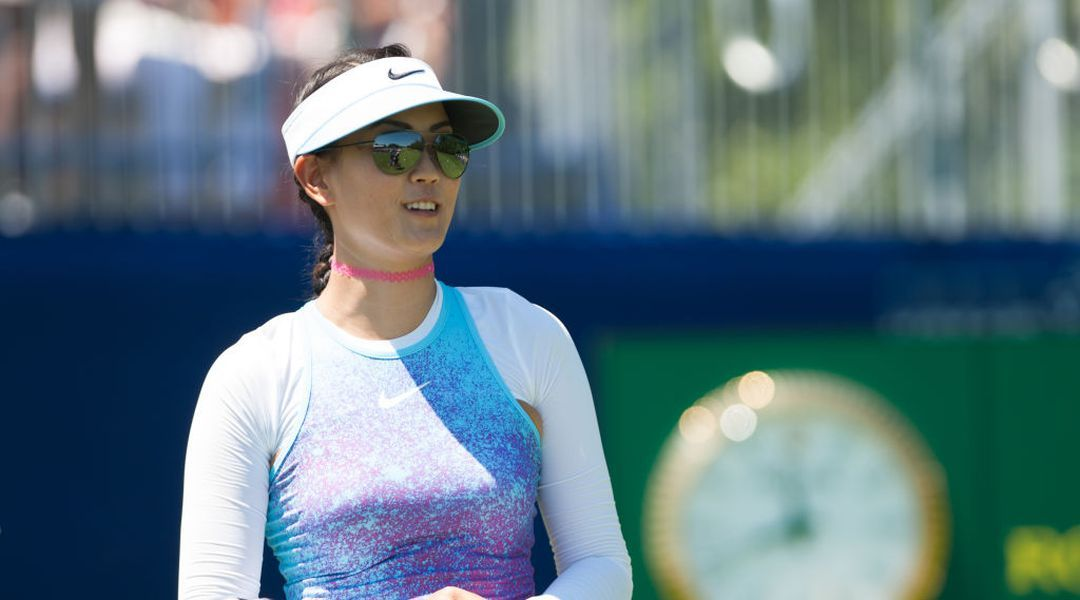 Women pro golfers could be fined 1,000 for wearing