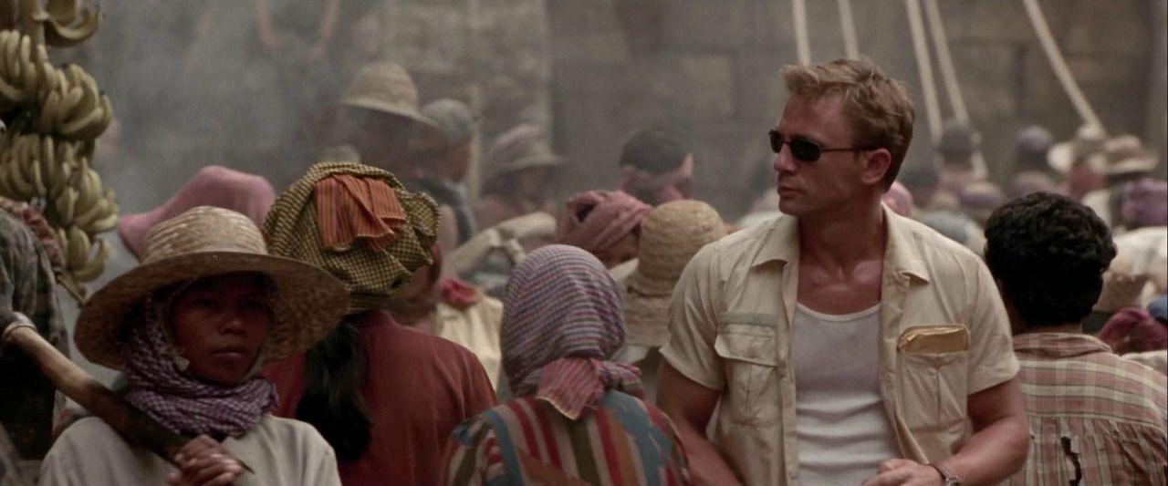 Shadesofcinema Daniel Craig In Lara Croft Tomb Raider 2001 Daniel Graig Daniel Craig James Bond Daniel Craig