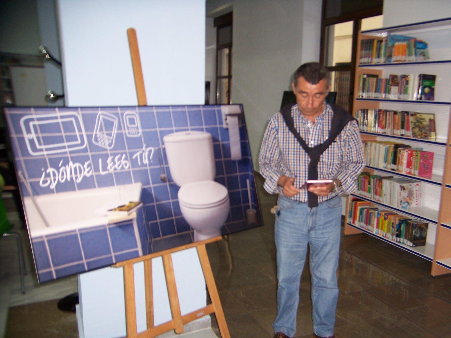 """Exposición ¿Dónde lees tú? en la Biblioteca Pública Municipal """"Casimiro Barbado González"""" de Cabeza del Buey (Badajoz)"""
