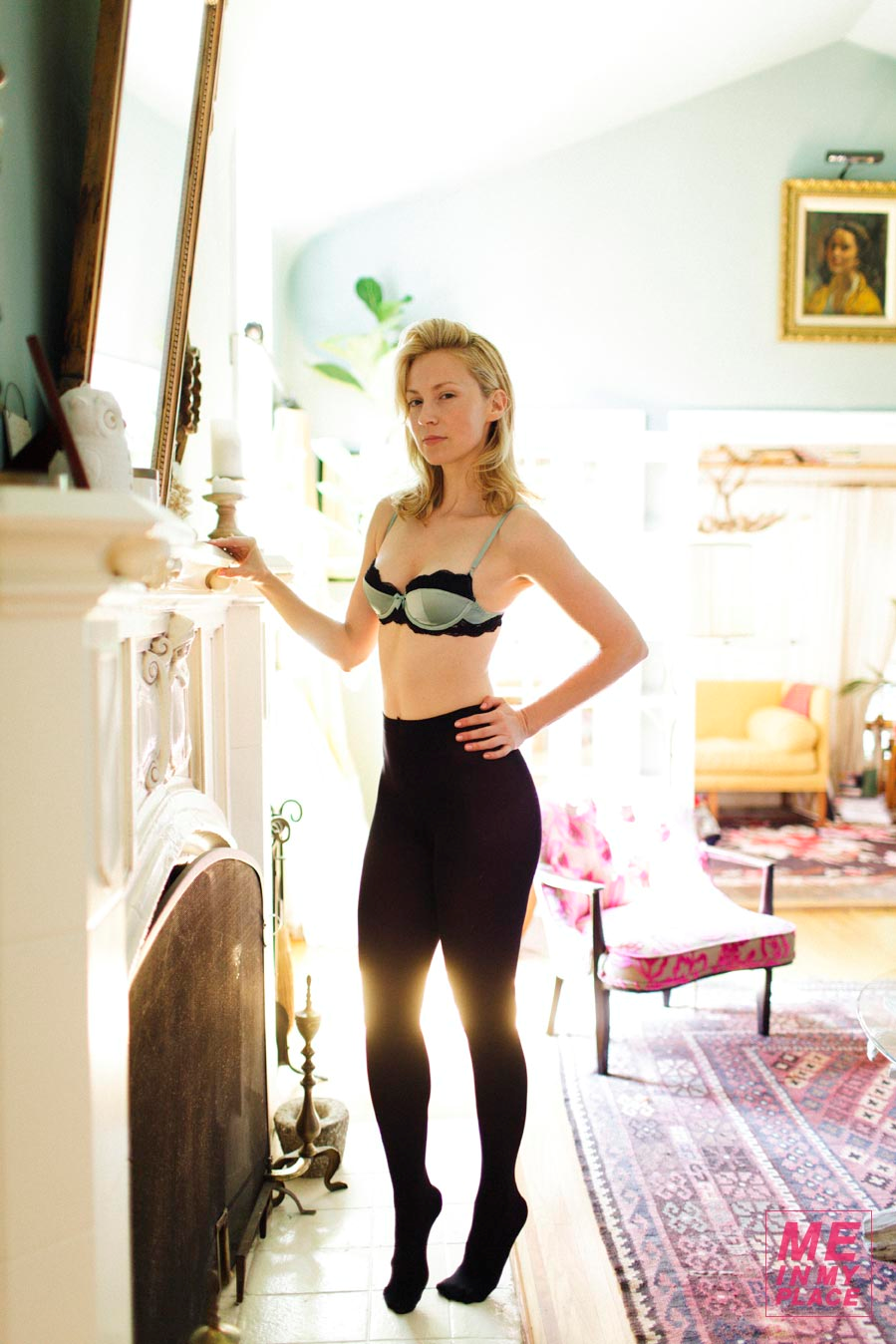 Beth Riesgraf Nude Photos 16
