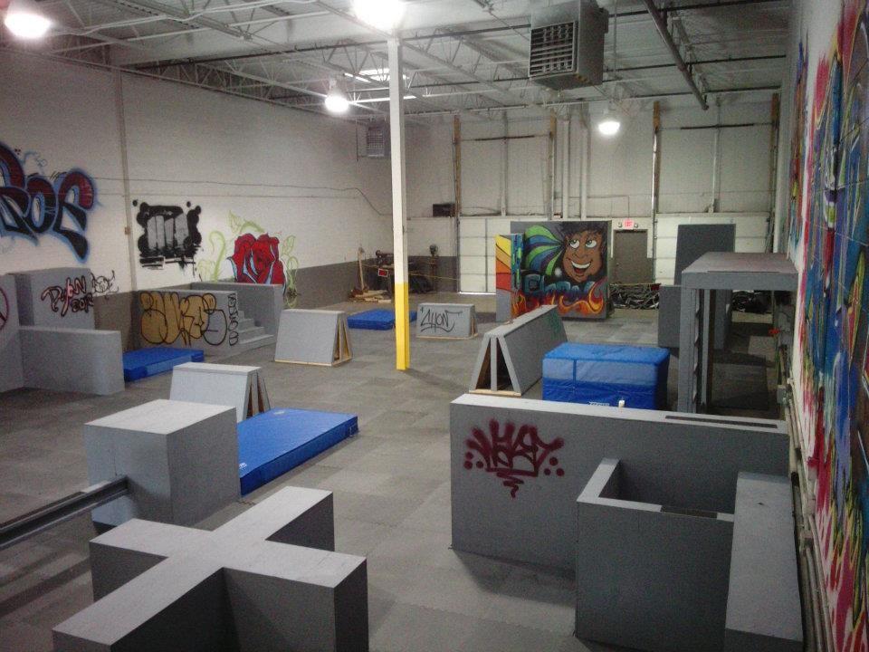 Origins Parkour Gym BEAUTIFUL ARTWORK Boxes Spring Floor Bars
