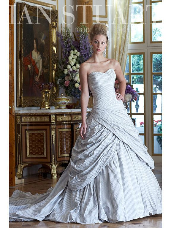 Further Reduced I Am Ing My Exquisite Designer Gown From World Renowned Wedding Dress Ian Stuart S Revolution Rocks Col