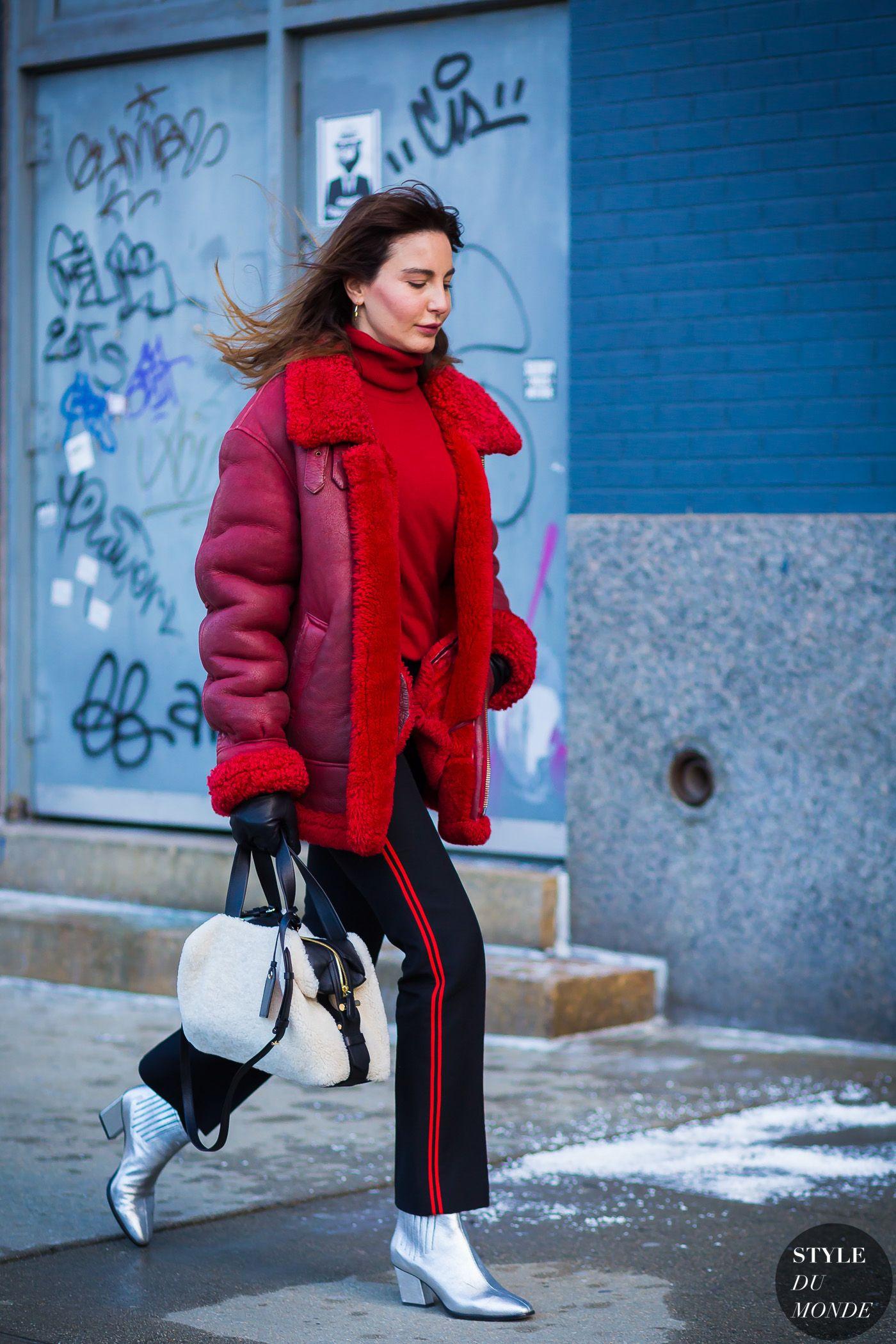 Kışın şık ve rahat panço giymenin yolları